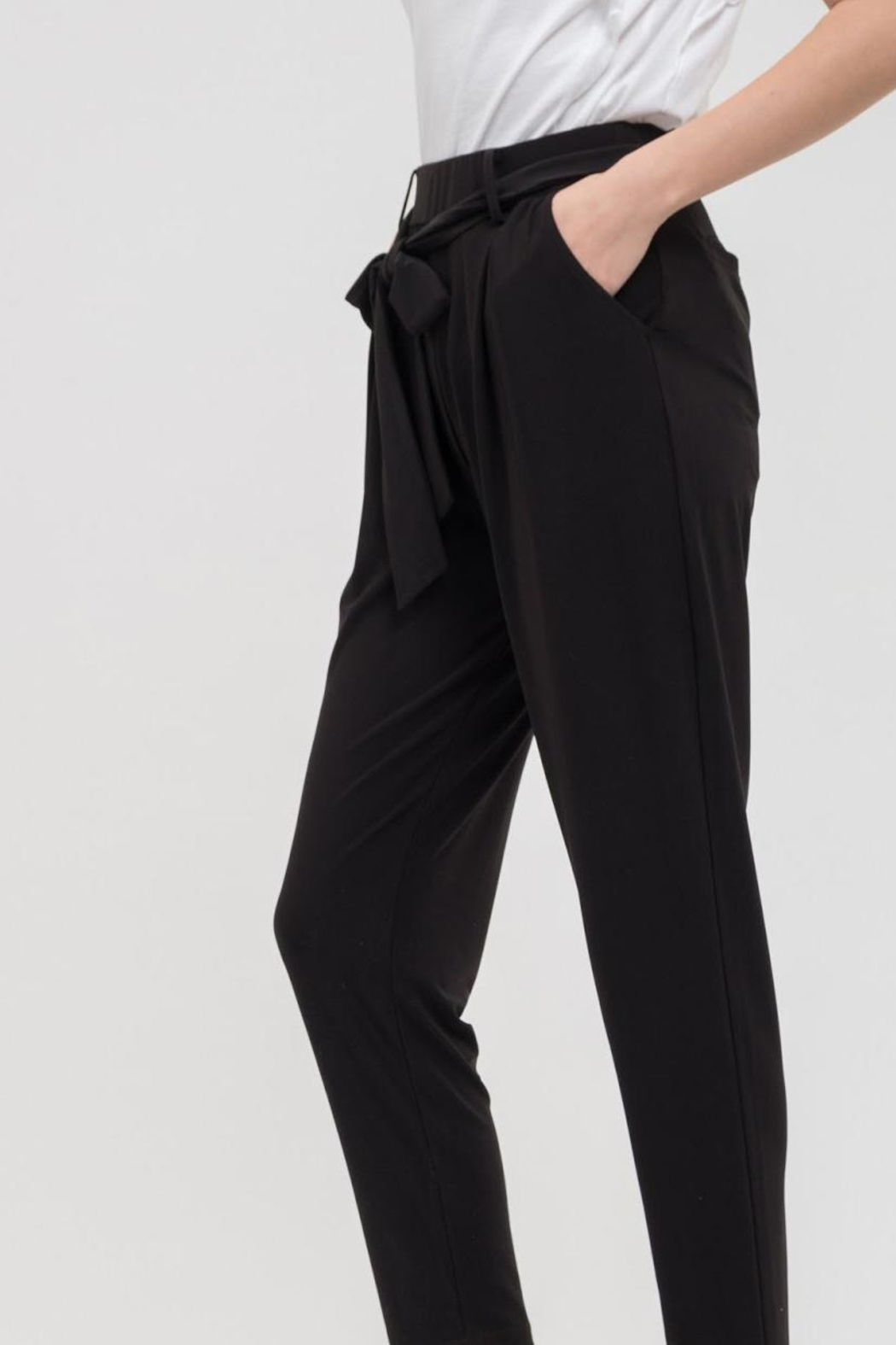 Blu Pepper Silky Woven Pant - Side Cropped Image