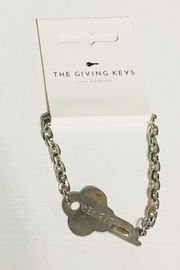 The Giving Keys Silver