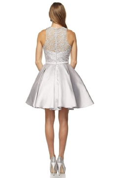 Juliet Silver Lace Formal Short Dress - Alternate List Image