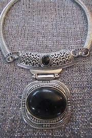KIMBALS SILVER EMBOSSED METAL CHOKER - BLACK STONE - Product Mini Image