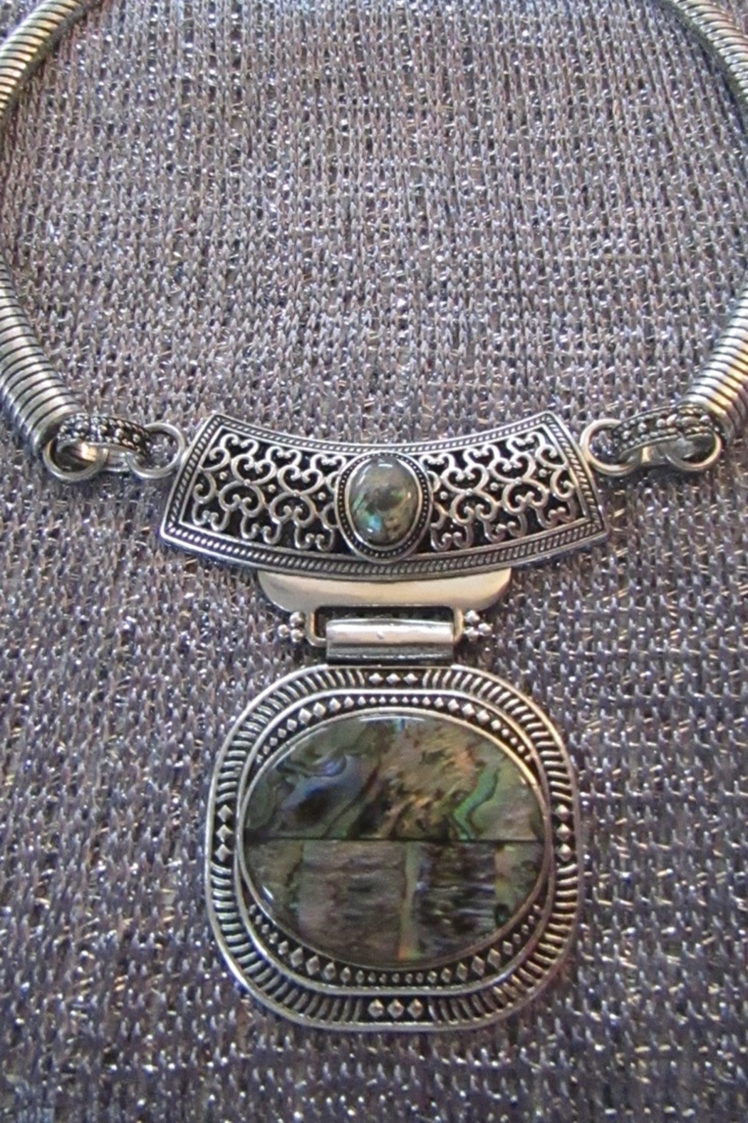 KIMBALS SILVER EMBOSSED METAL CHOKER with ABALONE-LOOK STONE - Main Image