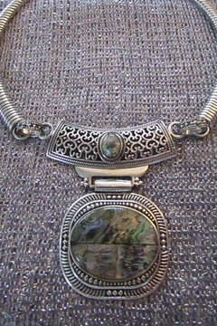 KIMBALS SILVER EMBOSSED METAL CHOKER with ABALONE-LOOK STONE - Alternate List Image