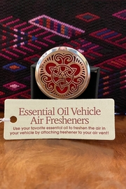 Benji Silver Triquetra Essential Oil Vehicle Air Freshener - Product Mini Image