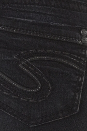 Silver Jeans Co. Aiko Dark-Wash Skinny - Back cropped