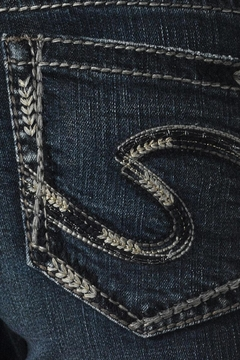 Silver Jeans Co. Aiko Defined-Curve Bootcut - Alternate List Image