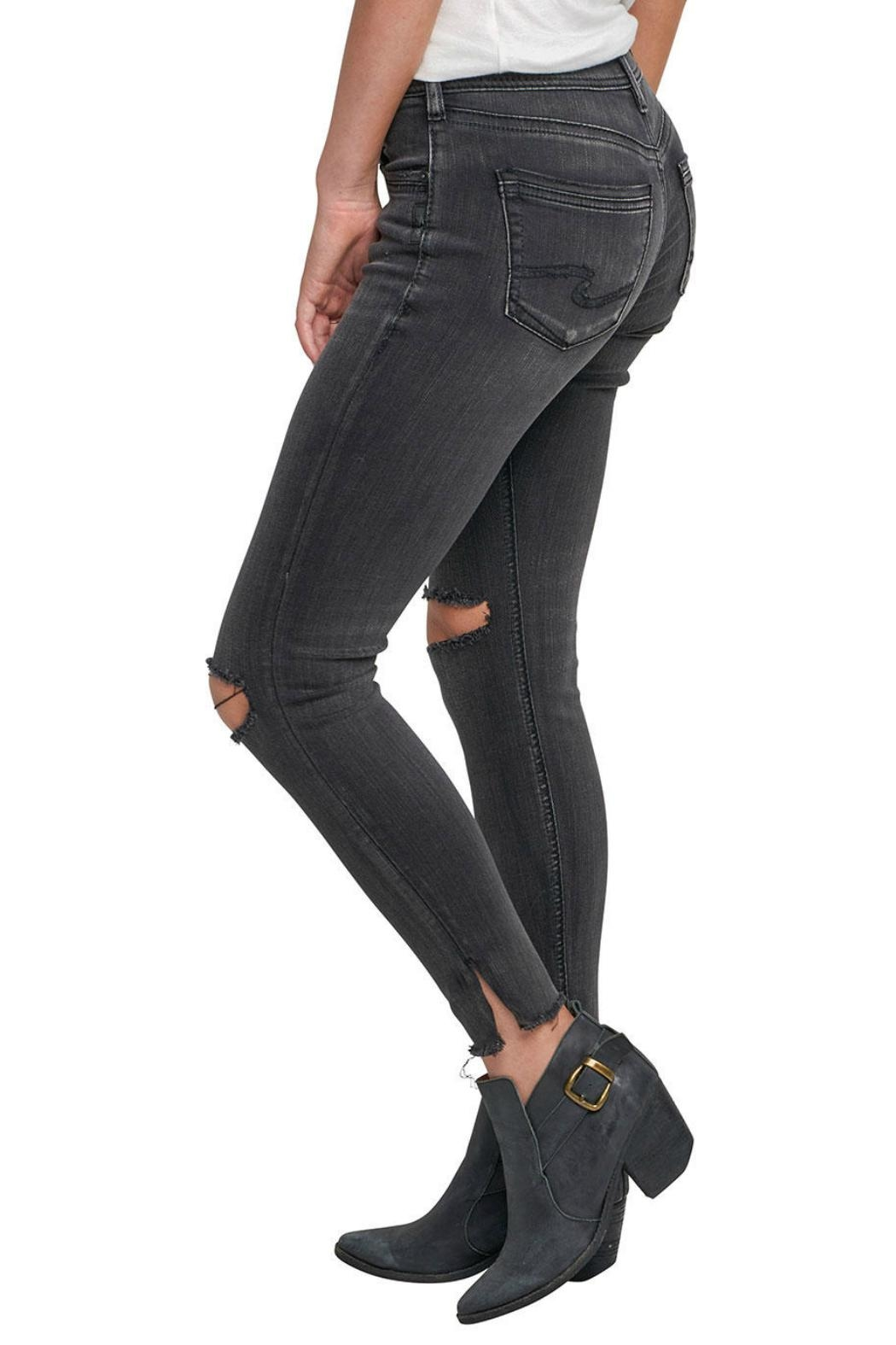Silver Jeans Co. Avery Ankle Jeans - Side Cropped Image