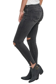Silver Jeans Co. Avery Ankle Jeans - Side cropped