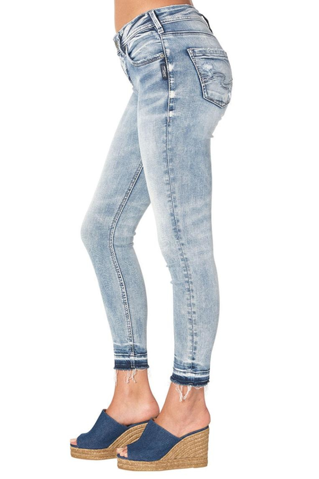 Silver Jeans Co. Avery Ankle Skinny - Side Cropped Image