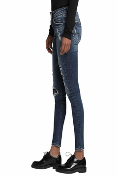 Silver Jeans Co. Avery-Skinny Embroidery-Distressed Jeans - Alternate List Image