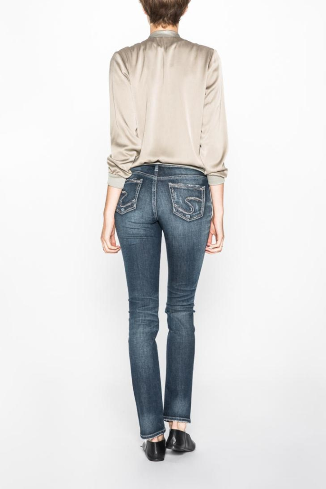 Silver Jeans Co. Eylse Eased-Curve Straight - Front Full Image