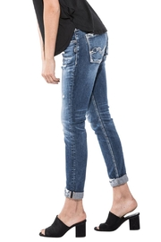 Silver Jeans Co. Sam Distressed Boyfriend - Side cropped