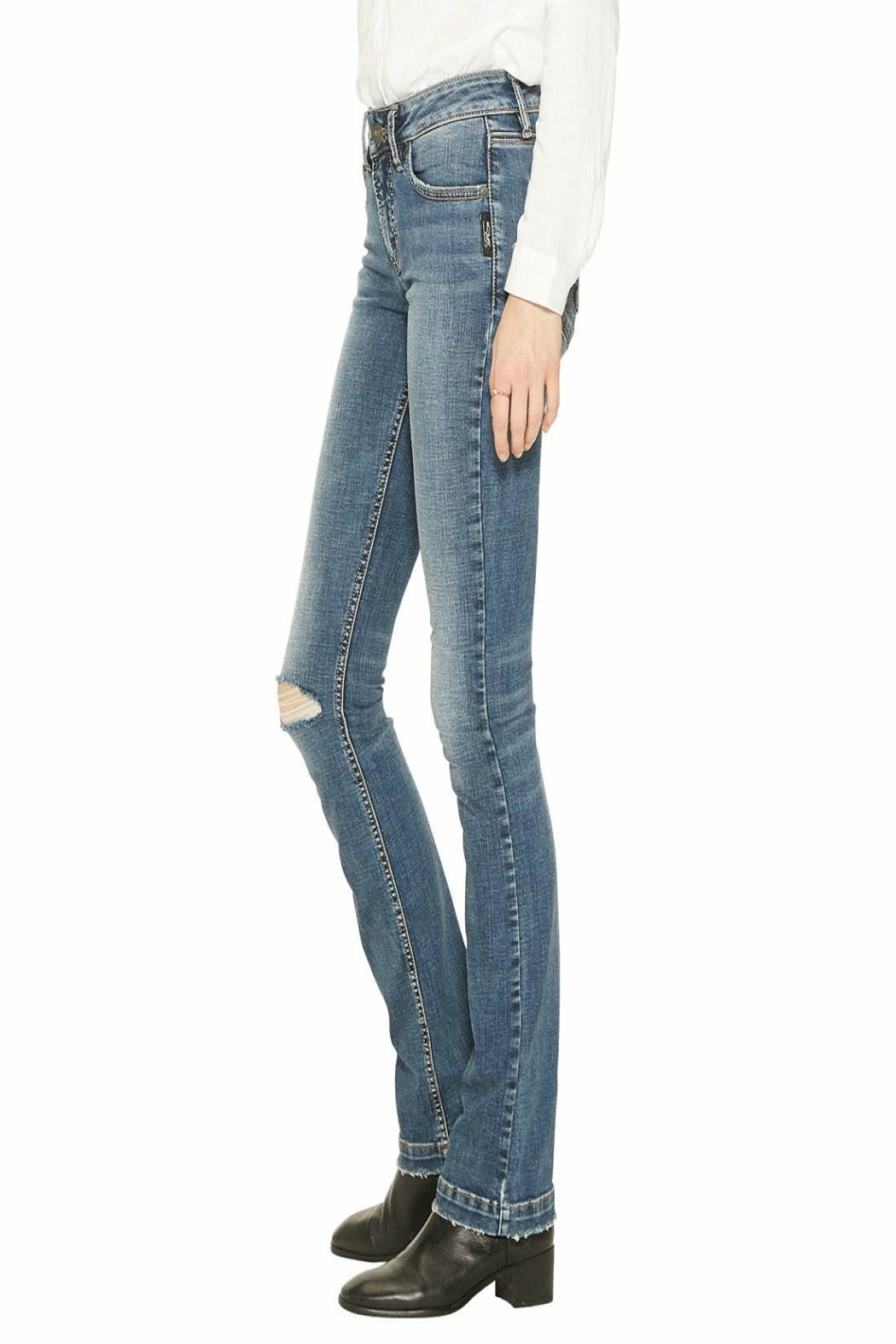 Silver Jeans Co. Slim-Boot Elyse Jeans - Side Cropped Image