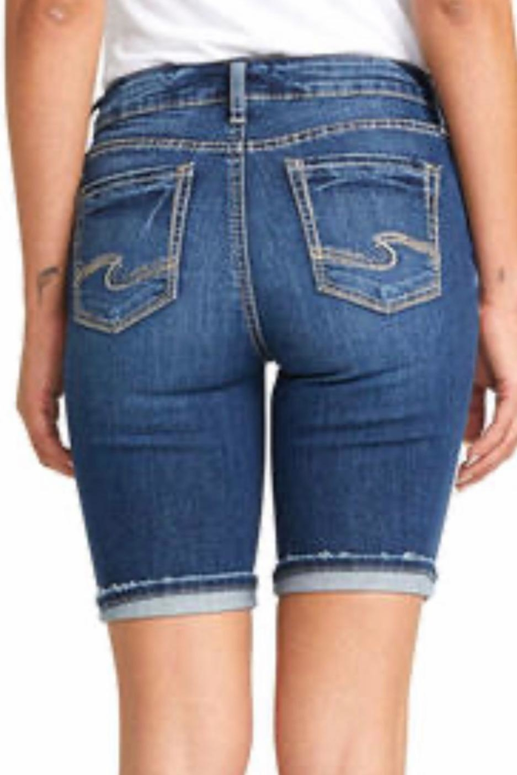 Silver Jeans Co. Suki Mid Rise Bermuda - Side Cropped Image