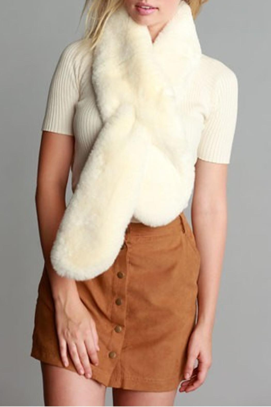 Simonetta Ivory Fur Scarf - Side Cropped Image
