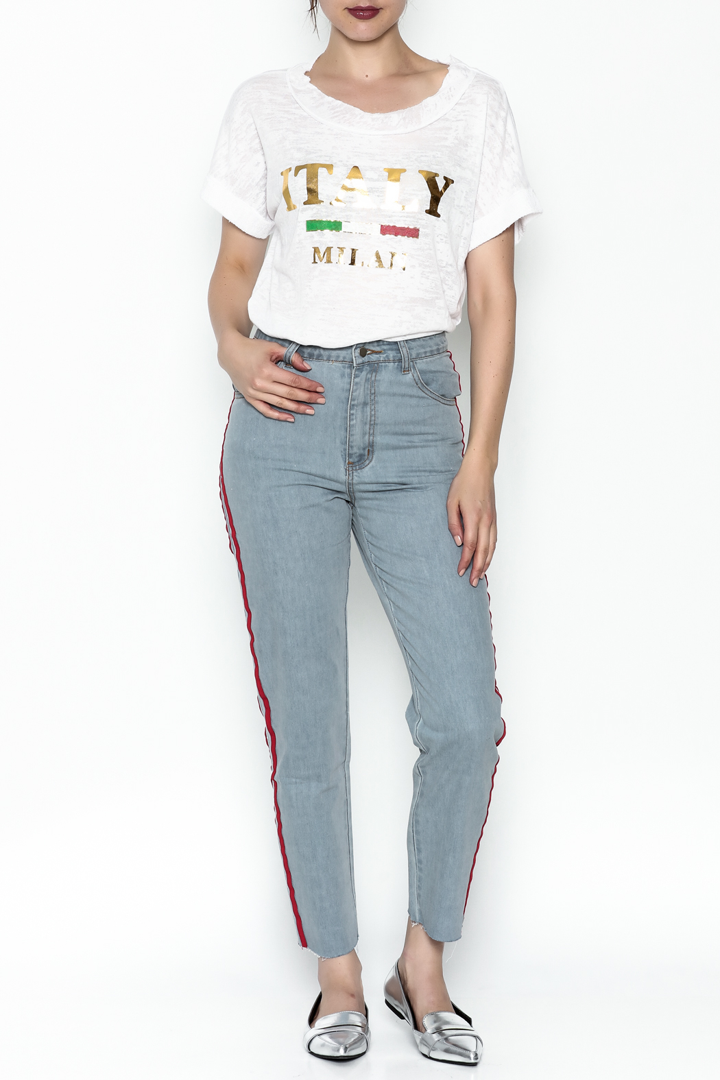 simple the label Italy Tee - Side Cropped Image