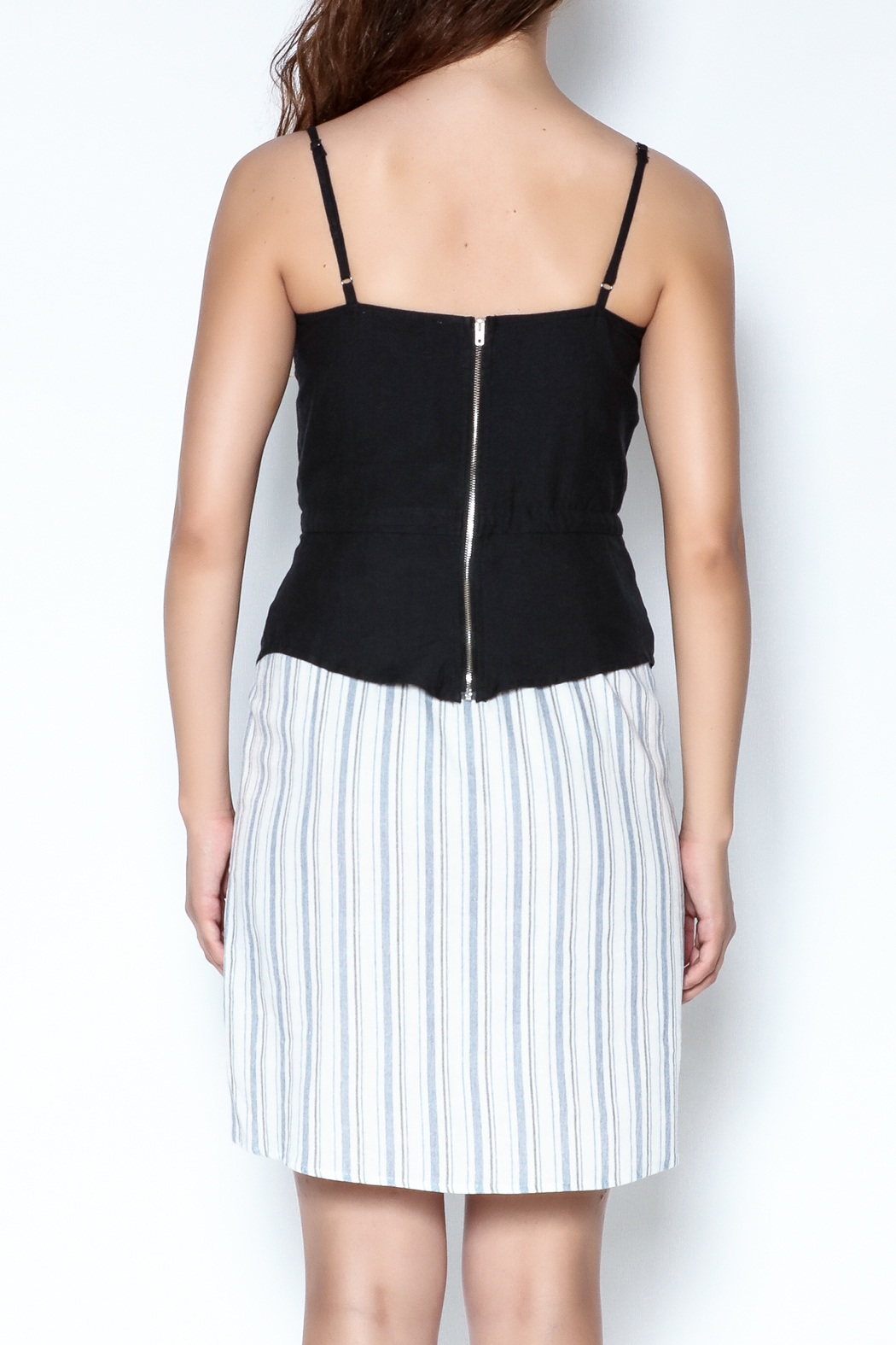 simple the label Tie Up Blouse - Back Cropped Image