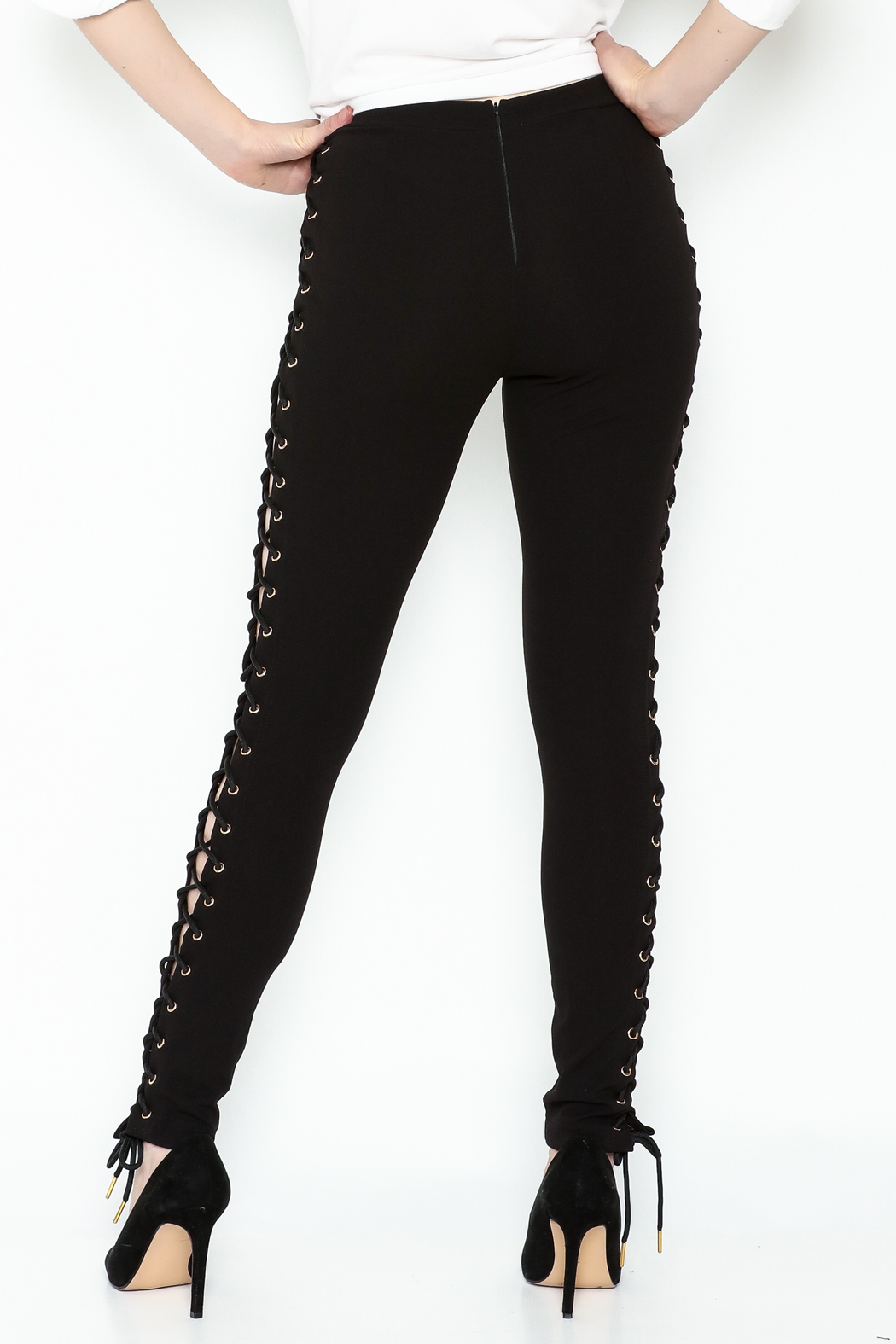 simple the label Tie Up Legging - Back Cropped Image