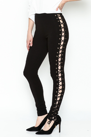 simple the label Tie Up Legging - Front cropped