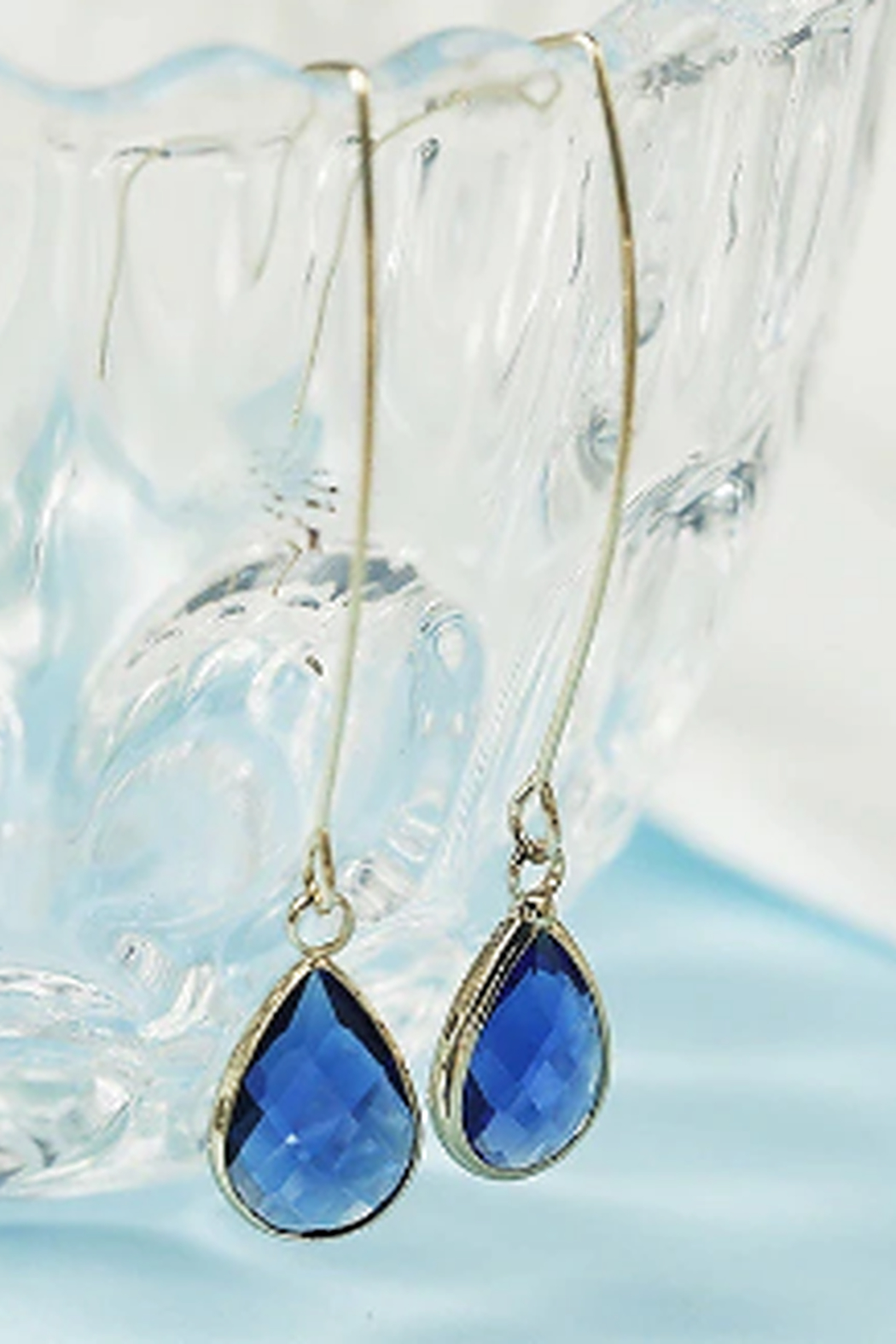 The Birds Nest SIMPLE WATER DROP EARRINGS - Front Cropped Image