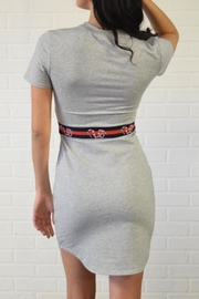 simple the label T Shirt Dress - Side cropped