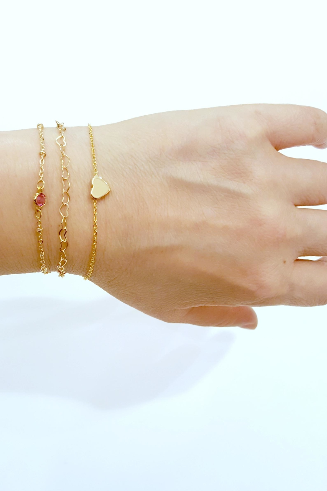 Simply Chic Heart Chain Bracelet - Back Cropped Image