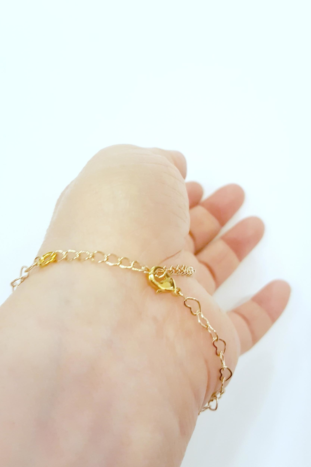 Simply Chic Heart Chain Bracelet - Side Cropped Image
