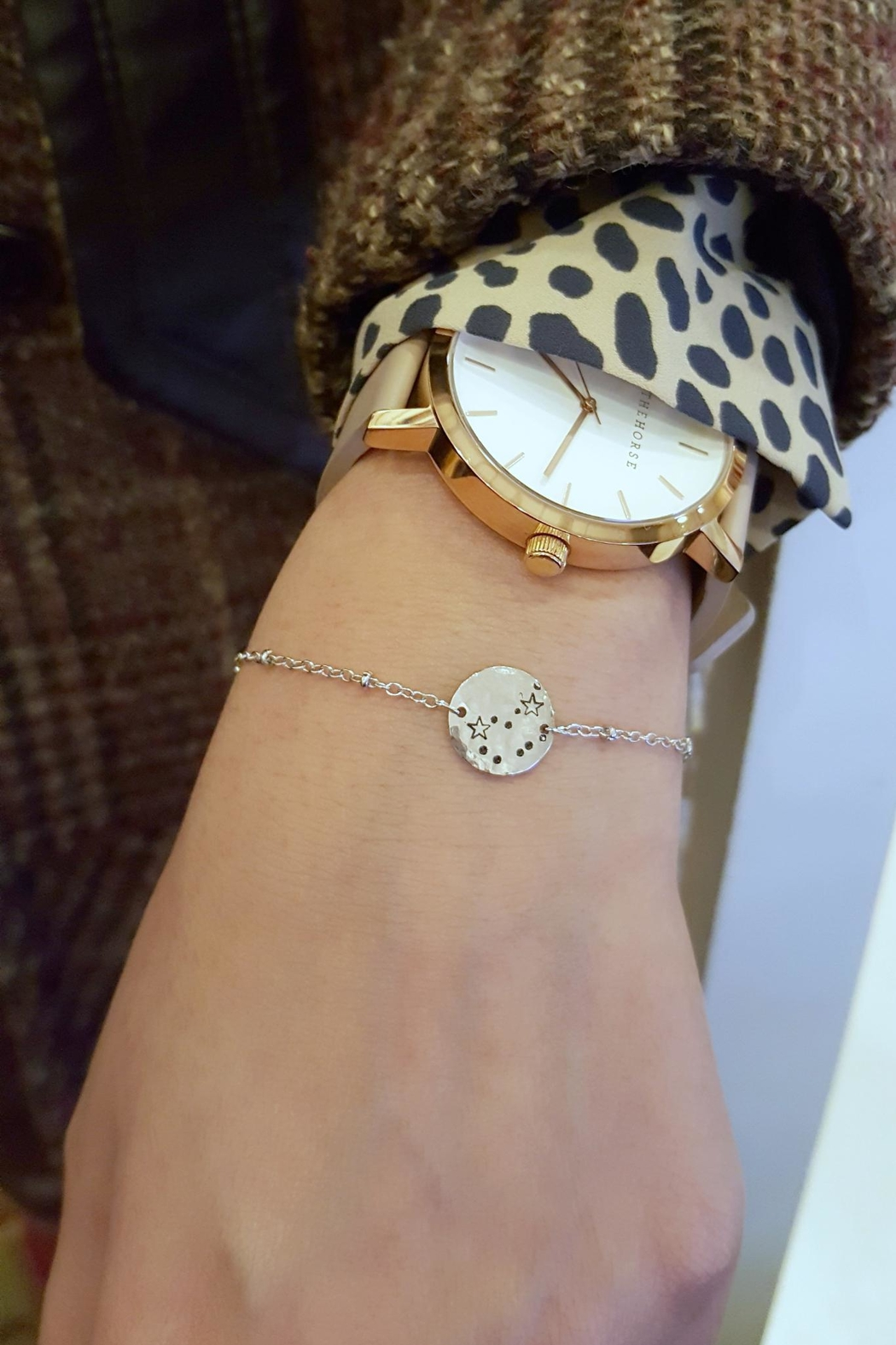 Simply Chic Zodiac Constellation Bracelet - Side Cropped Image