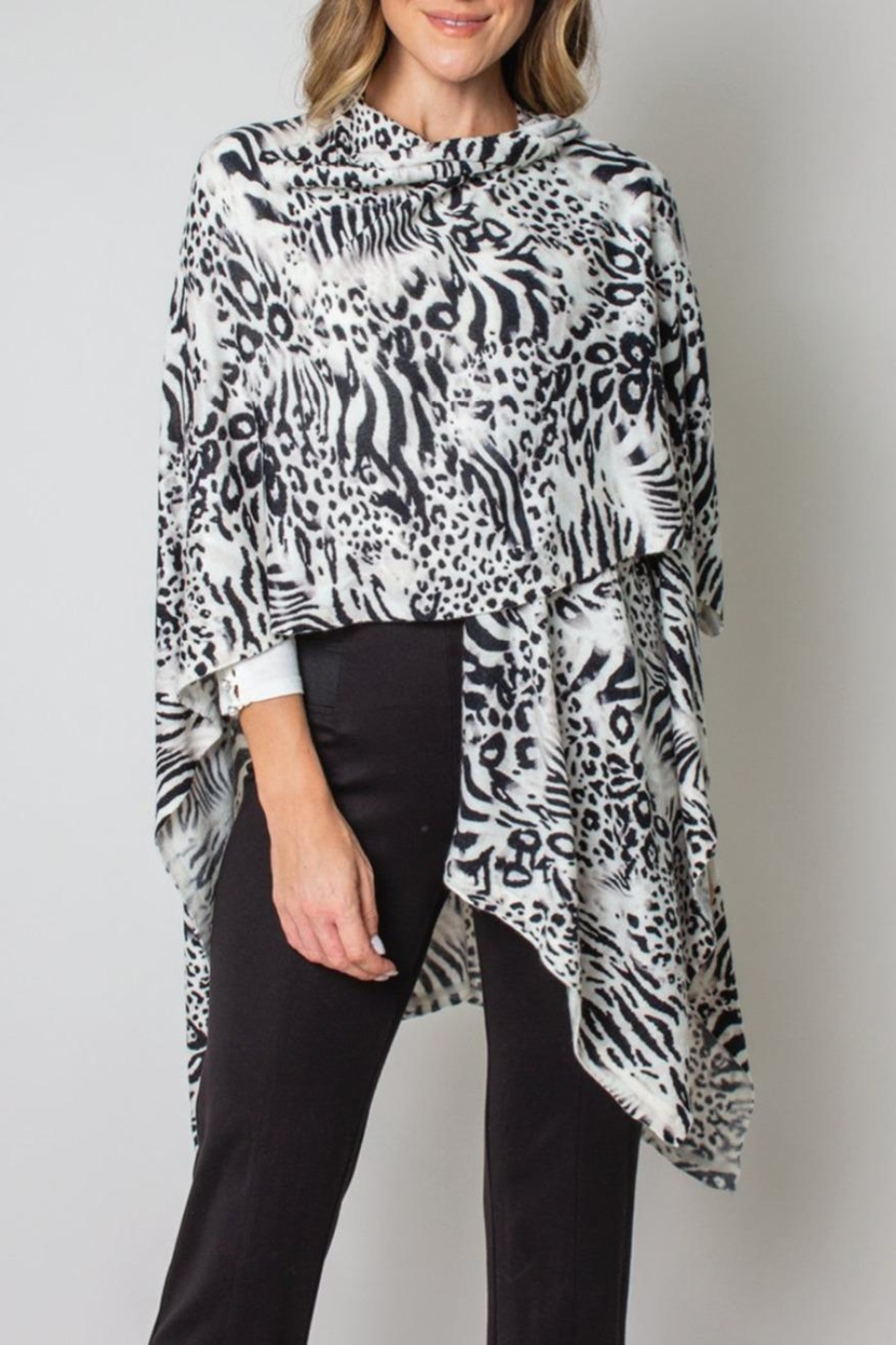 Simply Noelle Bordeaux Cardi Wrap Poncho Black And White Leopard - Side Cropped Image
