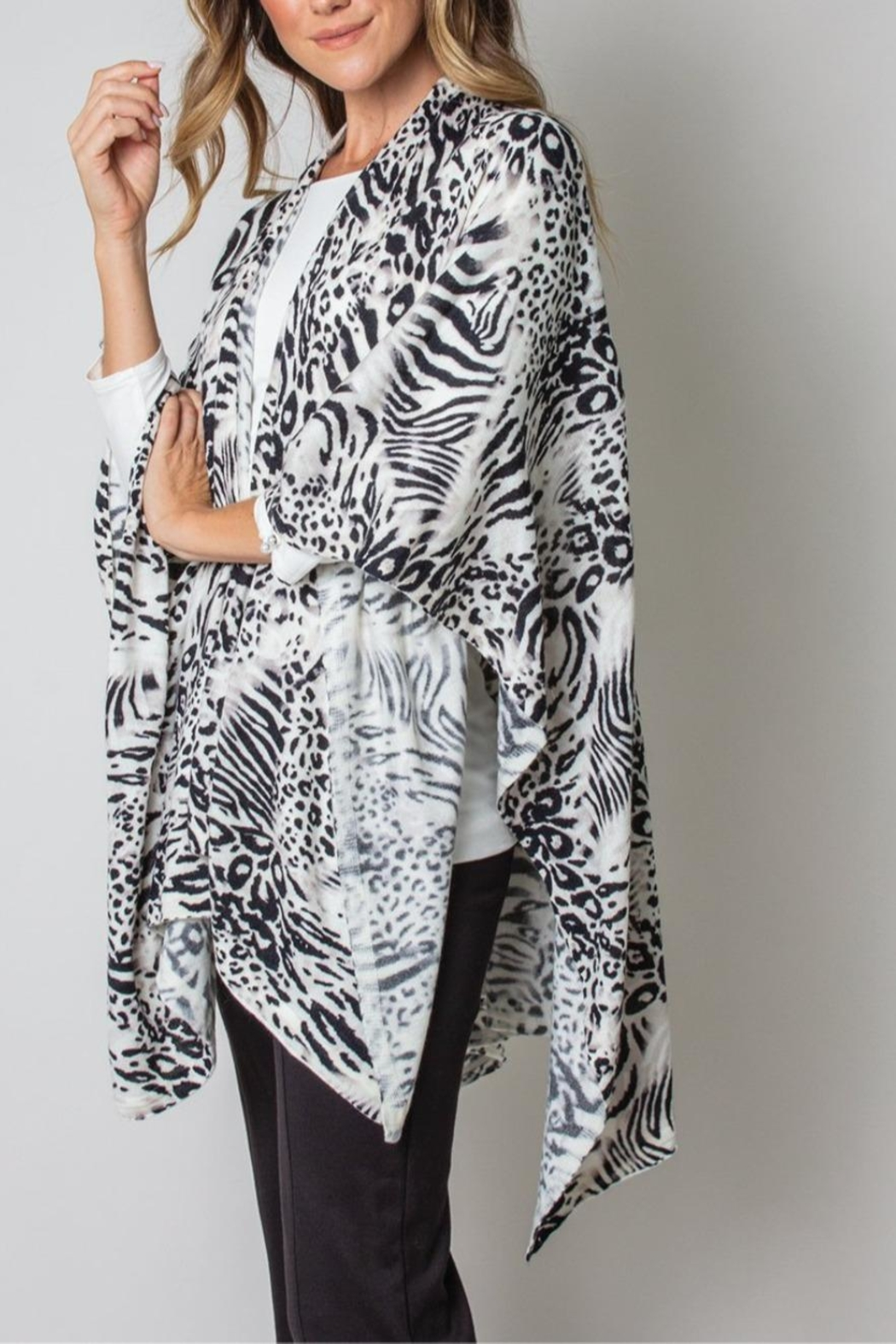 Simply Noelle Bordeaux Cardi Wrap Poncho Black And White Leopard - Back Cropped Image