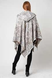 Simply Noelle Hooded Wrap Jaquard Print Poncho - Side cropped