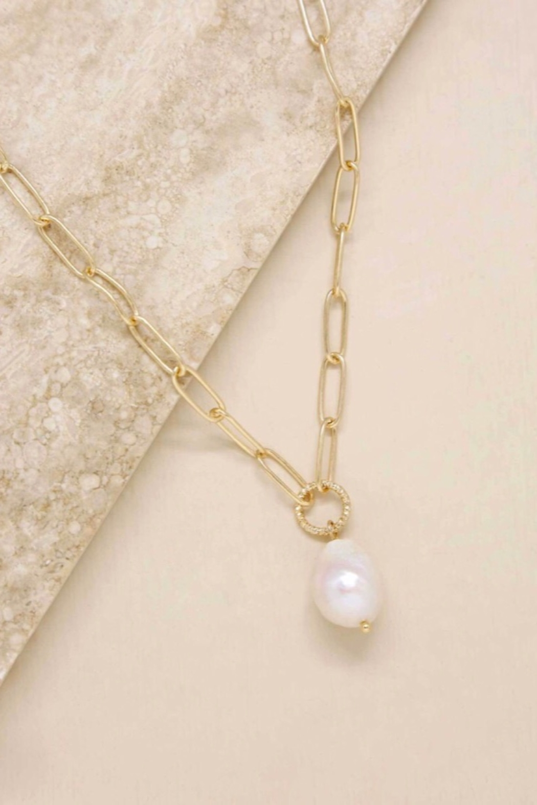 Ettika Single Pearl Links 18k Gold Plated Chain Necklace - Main Image