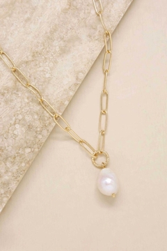 Ettika Single Pearl Links 18k Gold Plated Chain Necklace - Product List Image