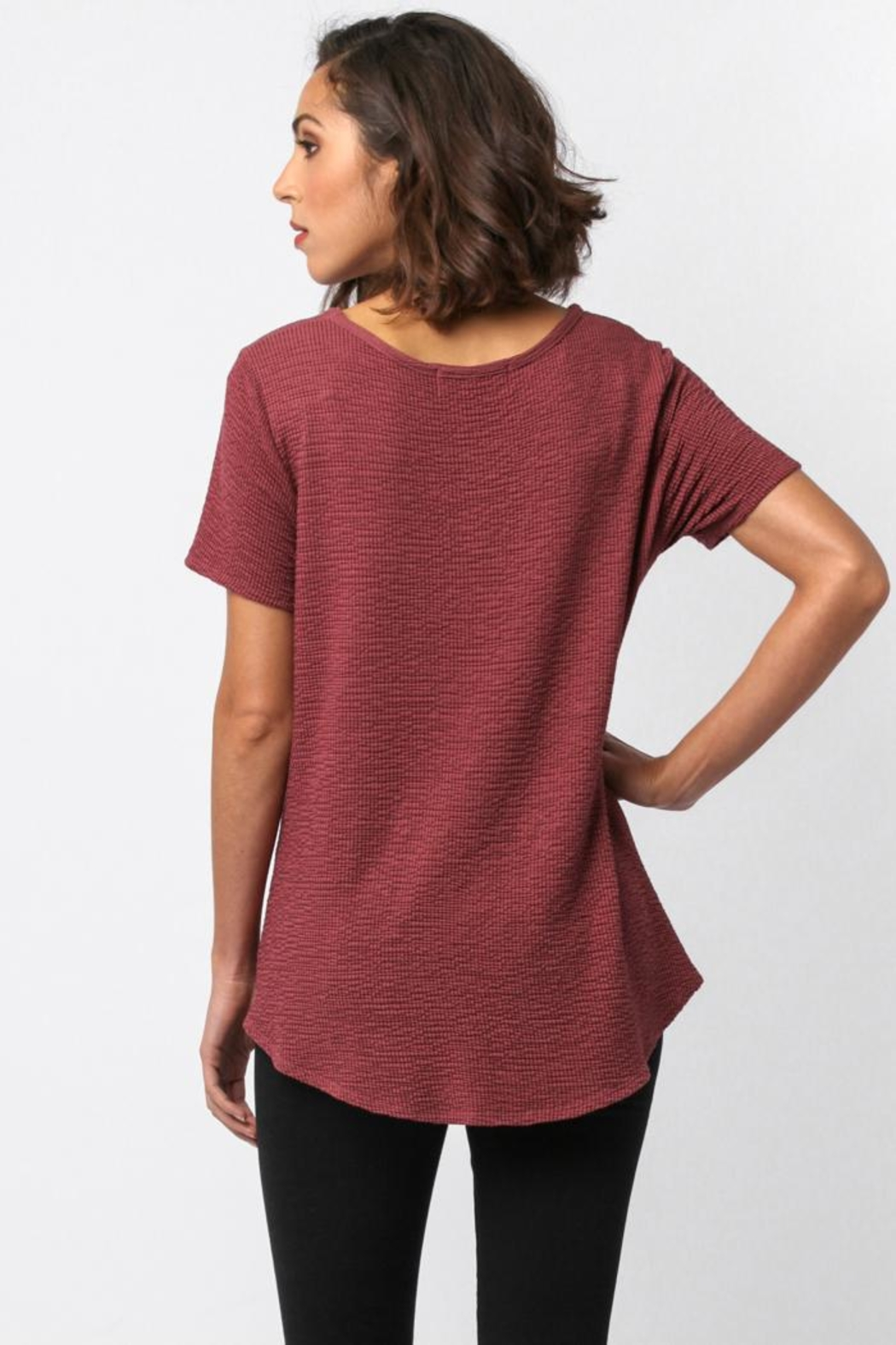 Sinuous Side Knot Top - Back Cropped Image