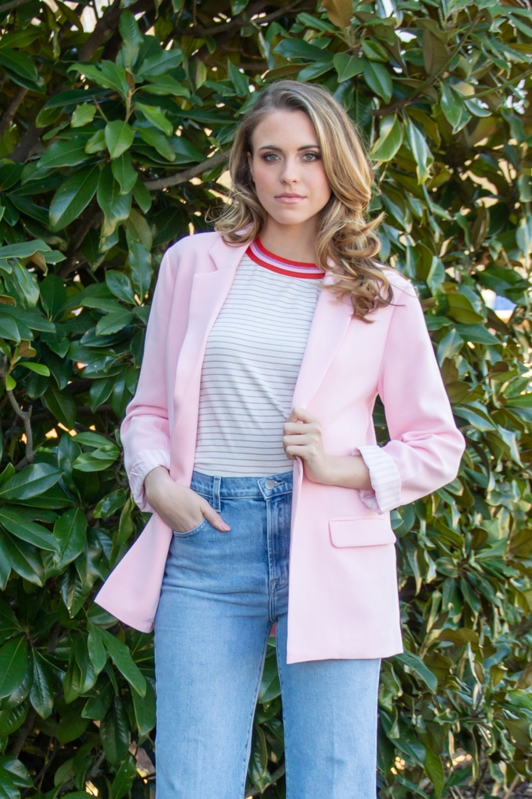 Cupcakes and Cashmere Siri Open Oversize Blazer - Front Full Image