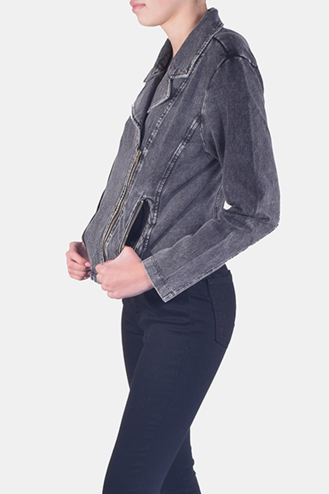 Skies Are Blue Charcoal-Wash Denim Jacket - Side Cropped Image