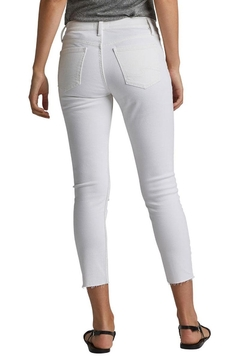 Silver Jeans Co. Skinny Crop Jean - Alternate List Image