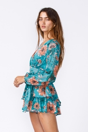 sky to moon Floral Romper - Side cropped