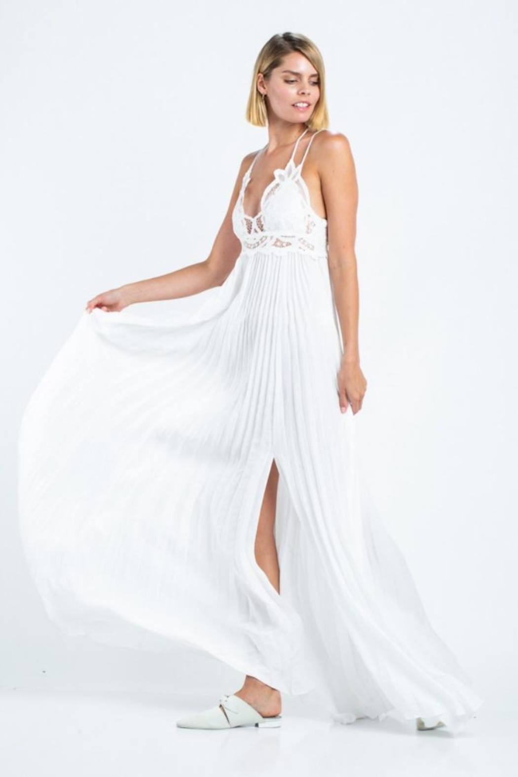 skylar madison Pleated Maxi Dress - Side Cropped Image
