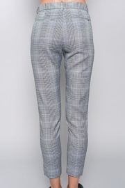 skylar madison Slim Checked Trousers - Side cropped