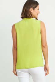 Joseph Ribkoff  Sleeveless button-up blouse - Front full body