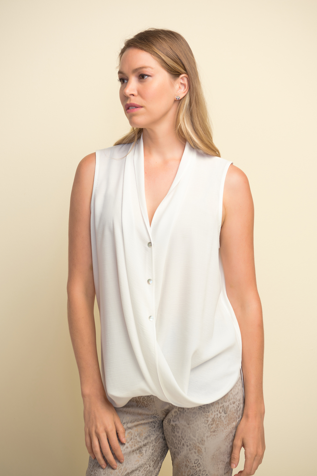 Joseph Ribkoff  Sleeveless button-up blouse - Front Cropped Image
