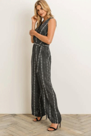 Gilli  Sleeveless Jumpsuit - Side cropped