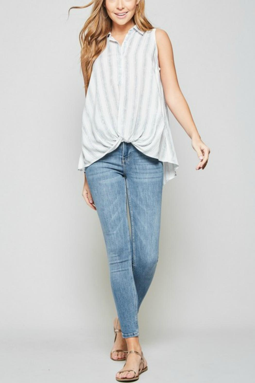 Andree by Unit Sleeveless Knotted Shirt - Side Cropped Image
