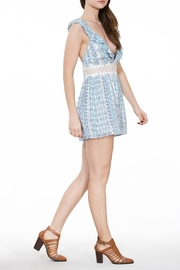 En Creme Sleeveless Lace Romper - Front cropped