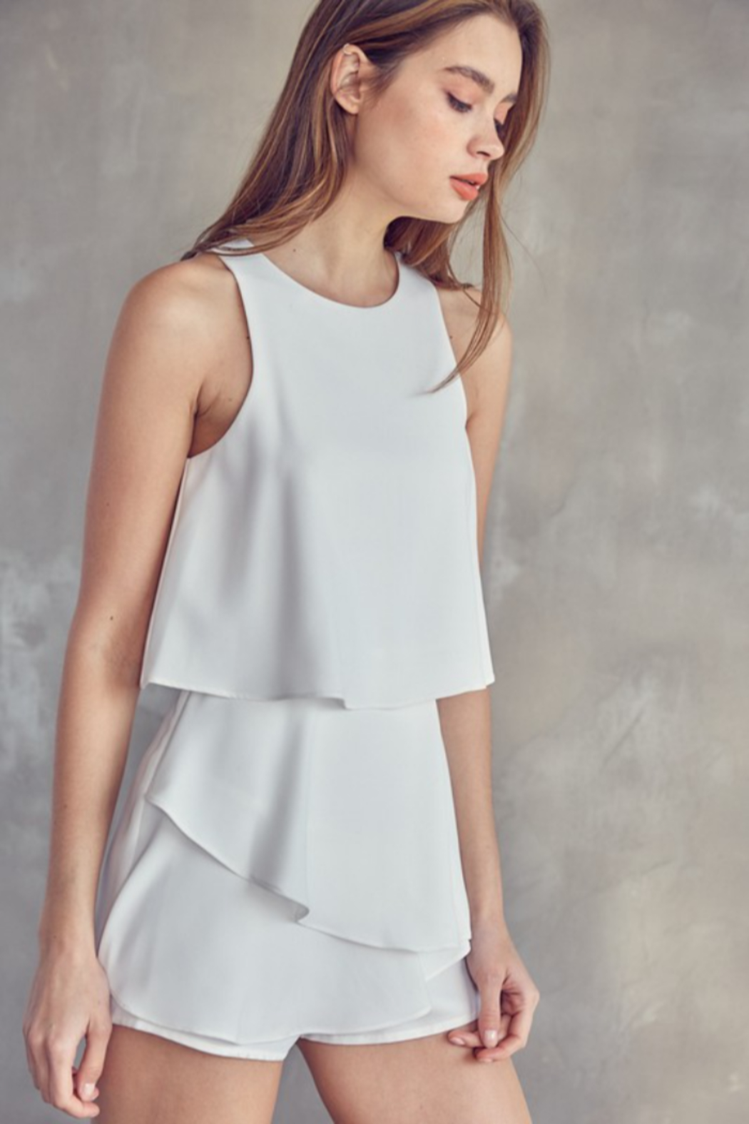 Idem Ditto  Sleeveless Layered Romper - Side Cropped Image