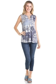 Mystree Sleeveless Printed Top - Product Mini Image