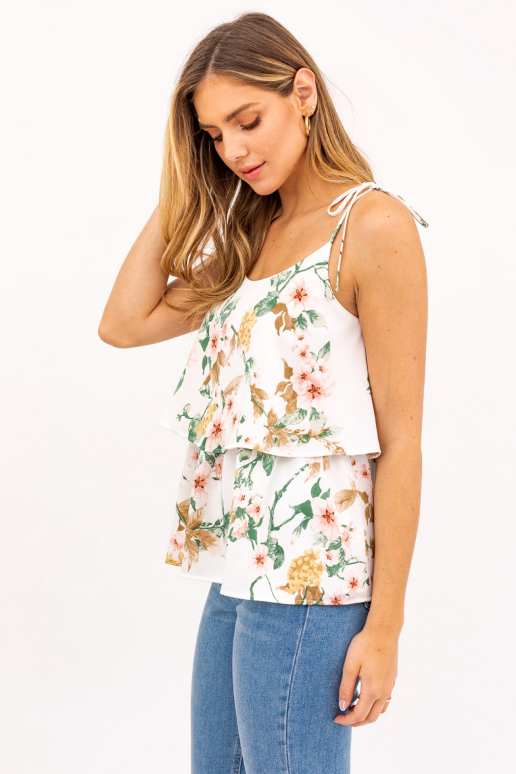 Gilli  Sleeveless Ruffled Floral Top - Front Full Image