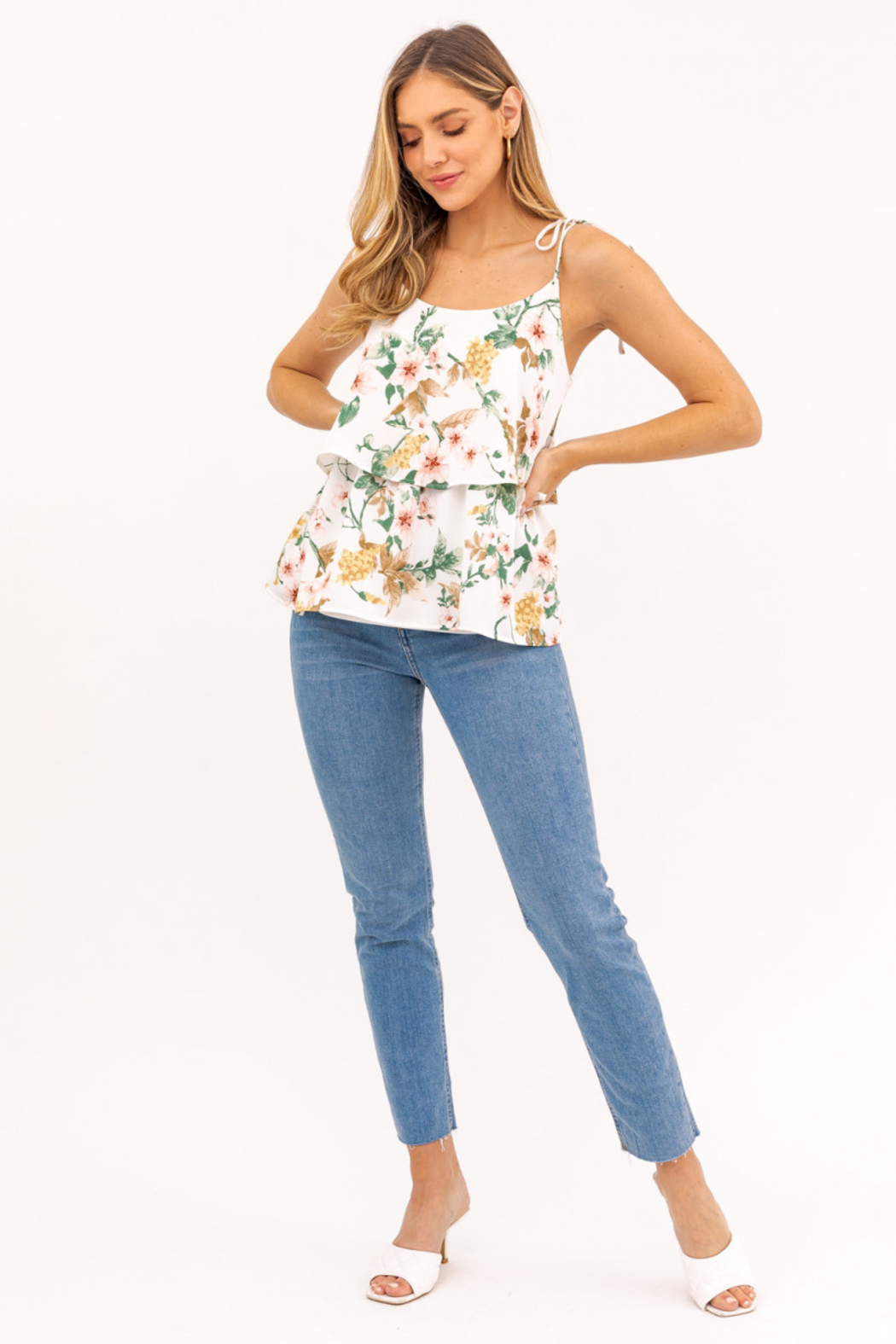 Gilli  Sleeveless Ruffled Floral Top - Back Cropped Image