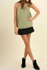 Umgee USA Sleeveless Scoop Neck - Front cropped