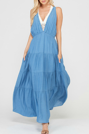 Wishlist SLEEVELESS TIERED SKIRT MAXI DRESS WITH POCKETS - Front cropped
